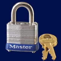 metal lockers with keyed padlock